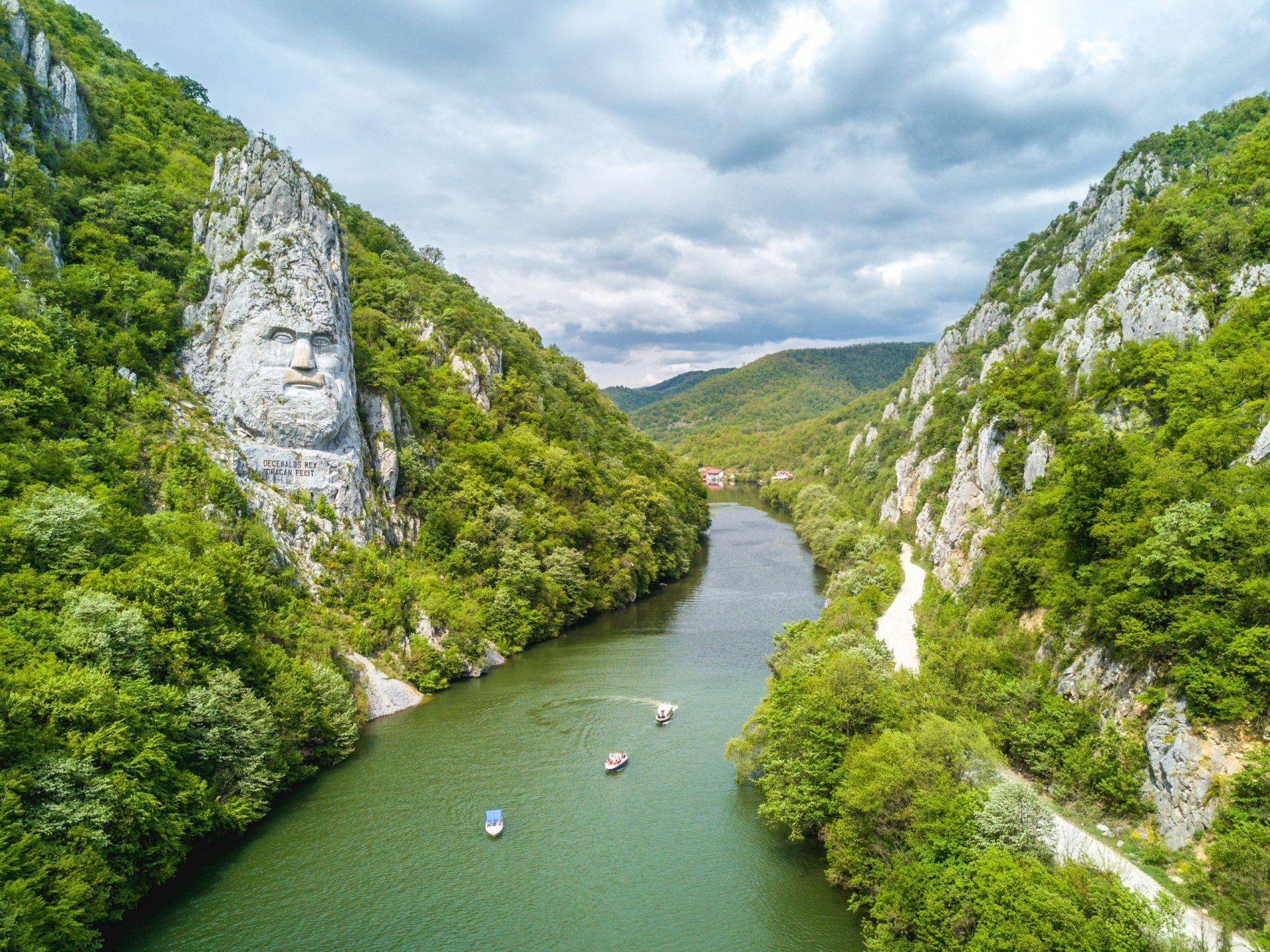 Dacebal's statue - the Danube Gorges